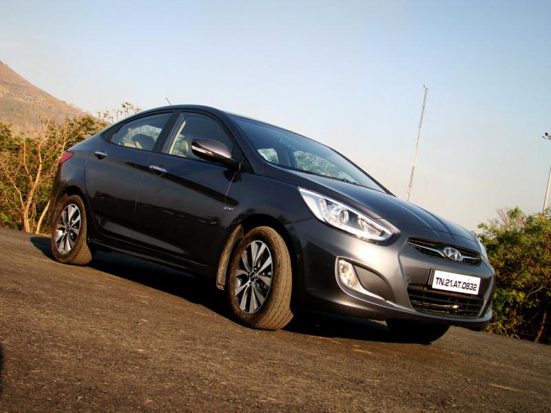Hyundai Verna Images 19