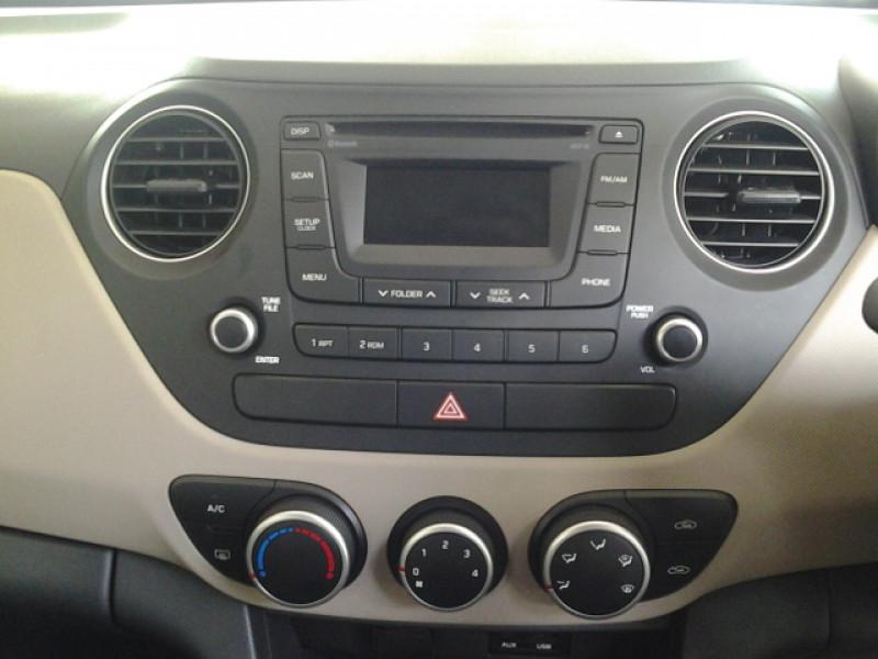 Hyundai Grand i10 22