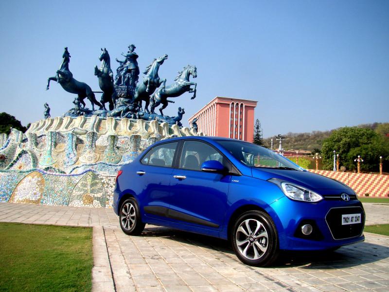 Hyundai Xcent Pictures 14