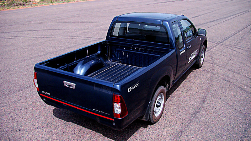 Isuzu D Max Photos 14