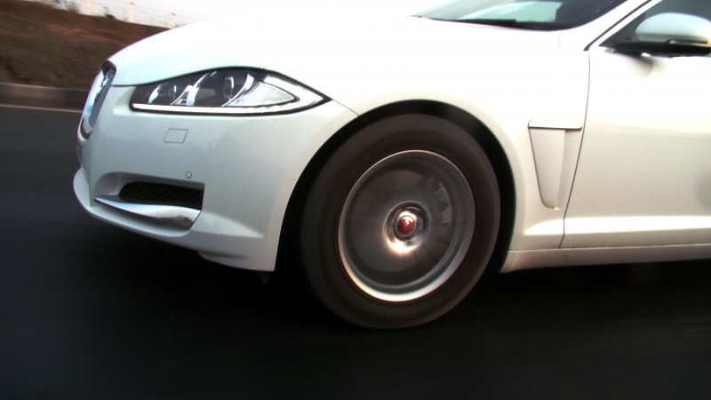 Jaguar XF Pictures 15