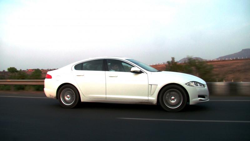 Jaguar XF Pictures 18