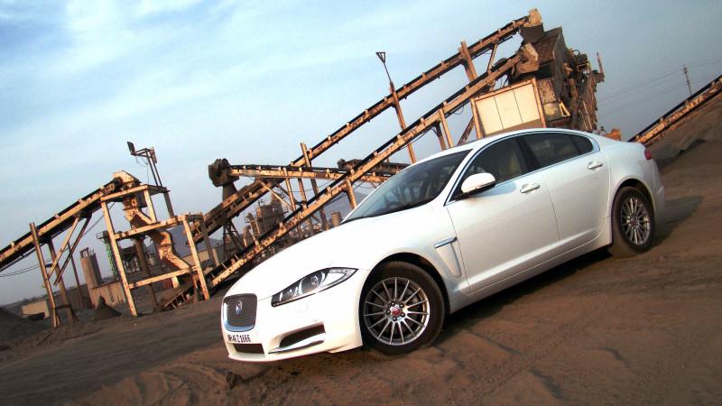 Jaguar XF Pictures 21