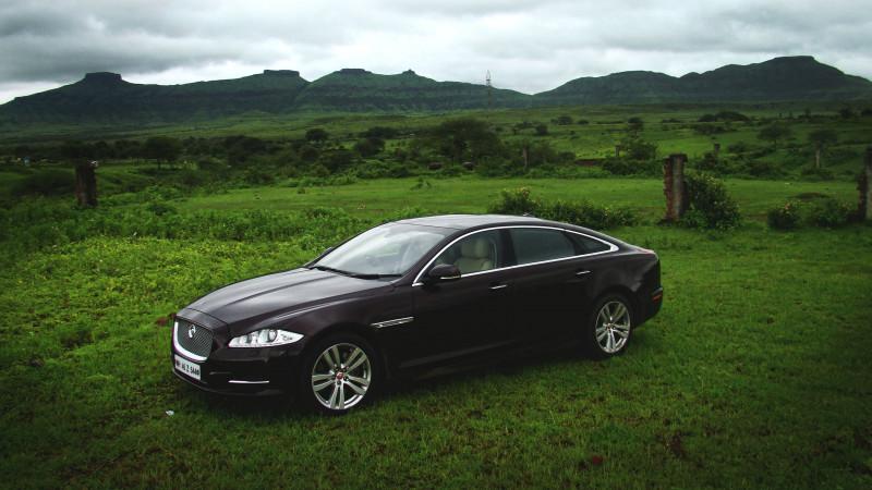 Jaguar XJ L Photos 13