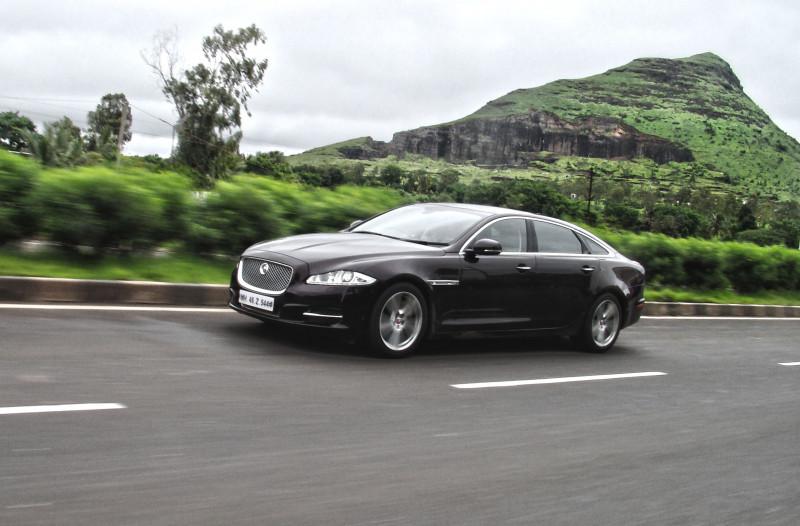 Jaguar XJ L Photos 4