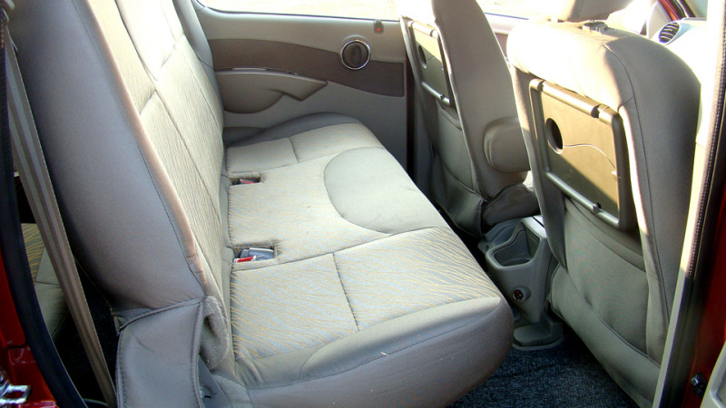 Mahindra Quanto Rear legroom