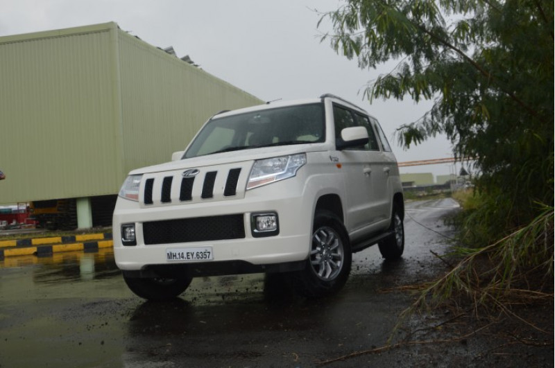 Mahindra Tuv300 Images Photos And Picture Gallery