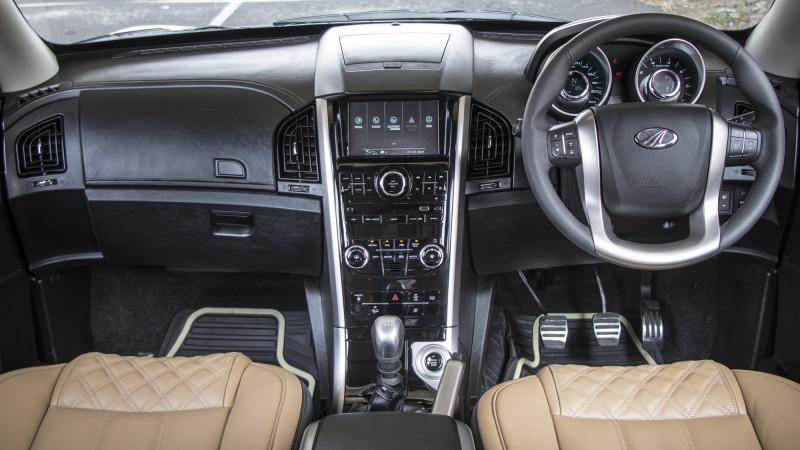 Mahindra Xuv500 Expert Review Xuv500 Road Test 206992 Cartrade