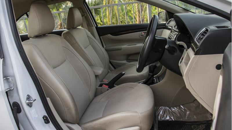 Maruti Suzuki Ciaz Automatic Review CarTrade Photos Images Pics India 20160303 36
