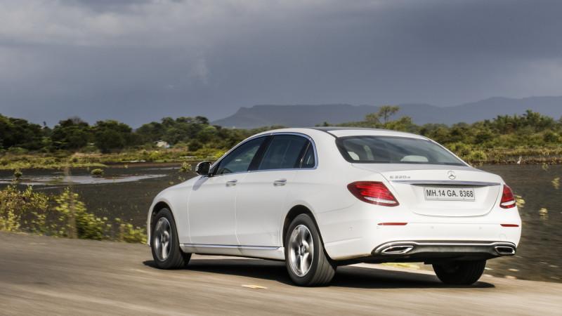 Mercedes benz e class expert review e class road test for Mercedes benz cleveland area