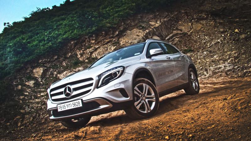 Mercedes Benz GLA Photos 14