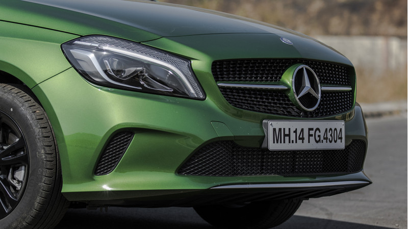 Mercedes benz a class expert review a class road test for What are the different classes of mercedes benz cars