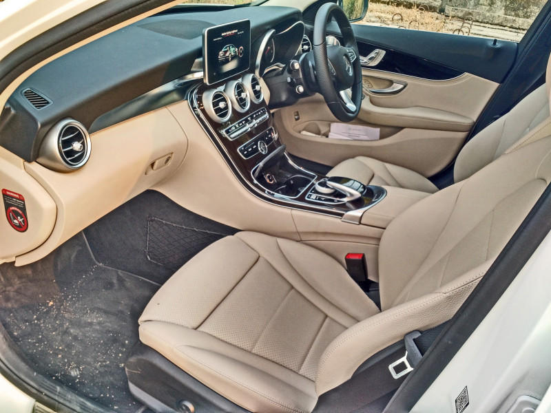 Mercedes Benz C Class Images 9