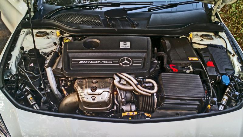 Mercedes Benz CLA45 Images 18