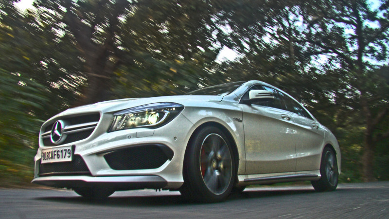 Mercedes Benz CLA45 Images 24