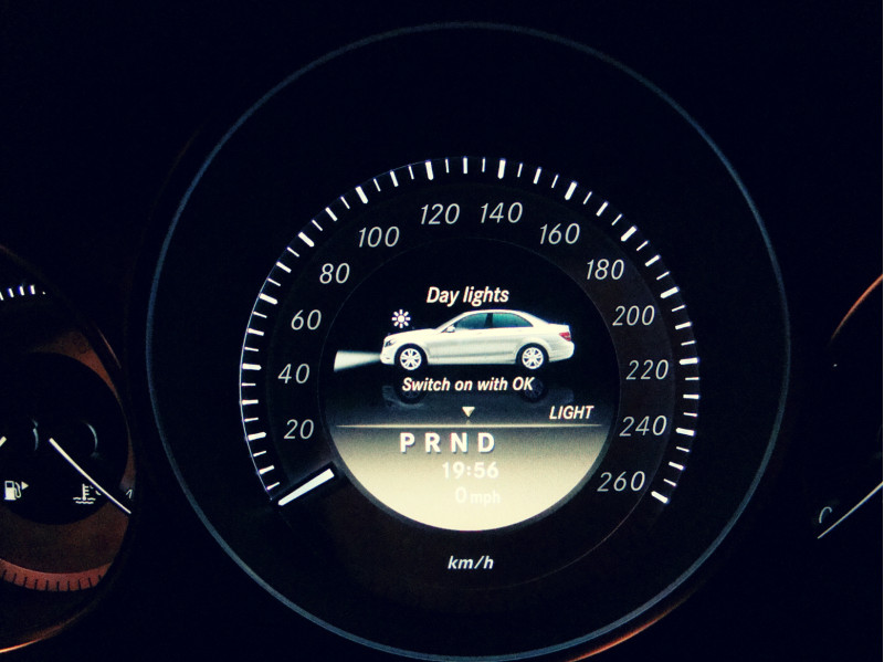 Mercedes Benz Review Picture 95
