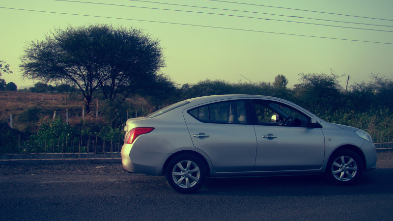 Nissan Sunny Picture 35
