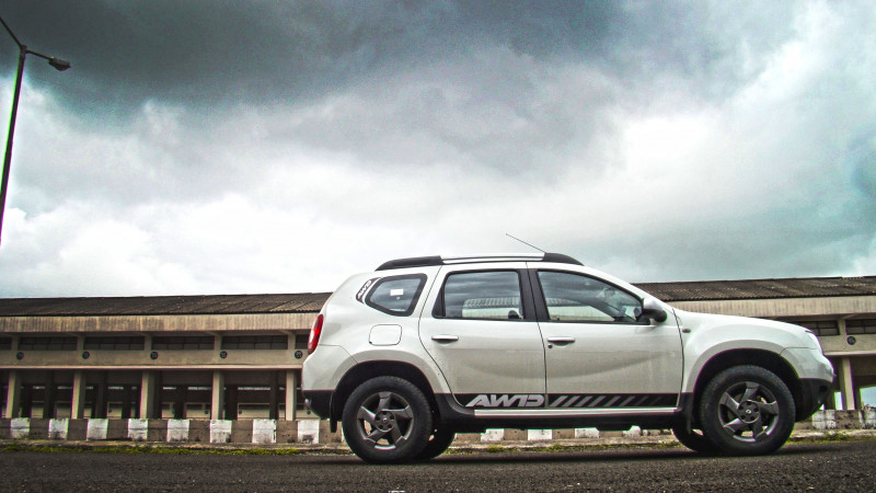 Renault Duster AWD Photos 18