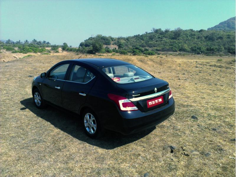 Renault Scala Automatic Rear exterior profile image
