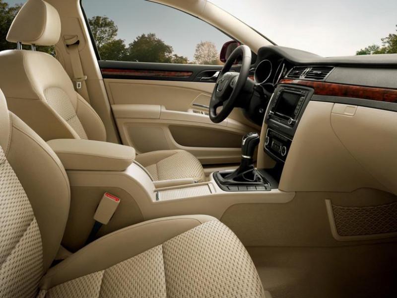 Skoda Superb Front Seat