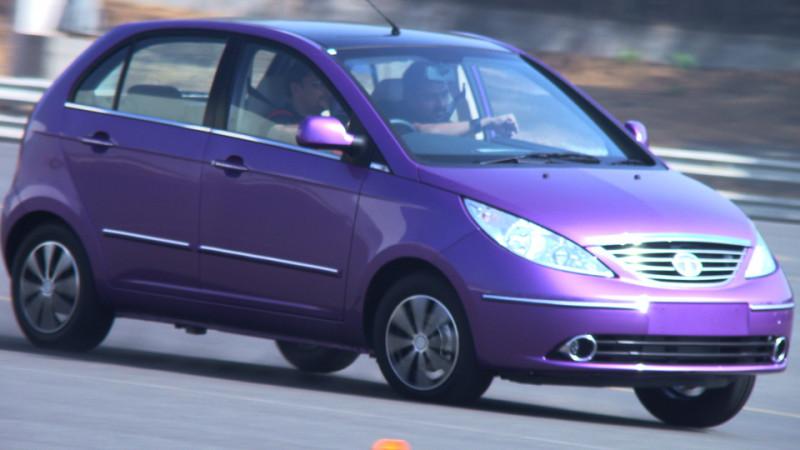 Tata Indica Vista D90 purple steering image1