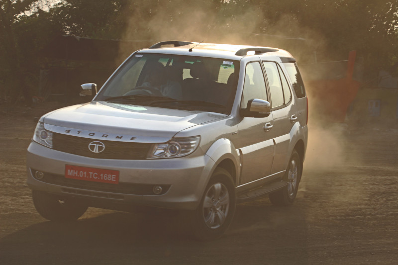 Tata Safari Storme Facelift Images 15