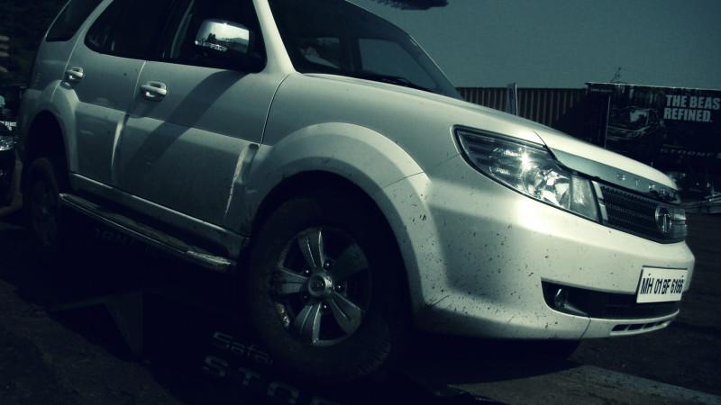 Tata Safari Storme Picture 36