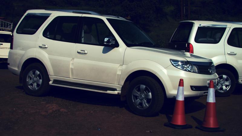 Tata Safari Storme Picture 32