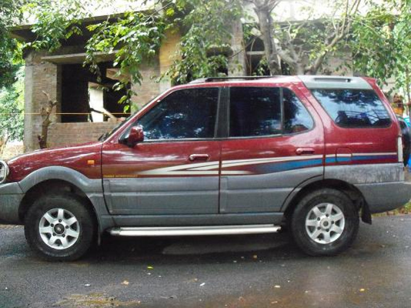 Tata Safari Old Car
