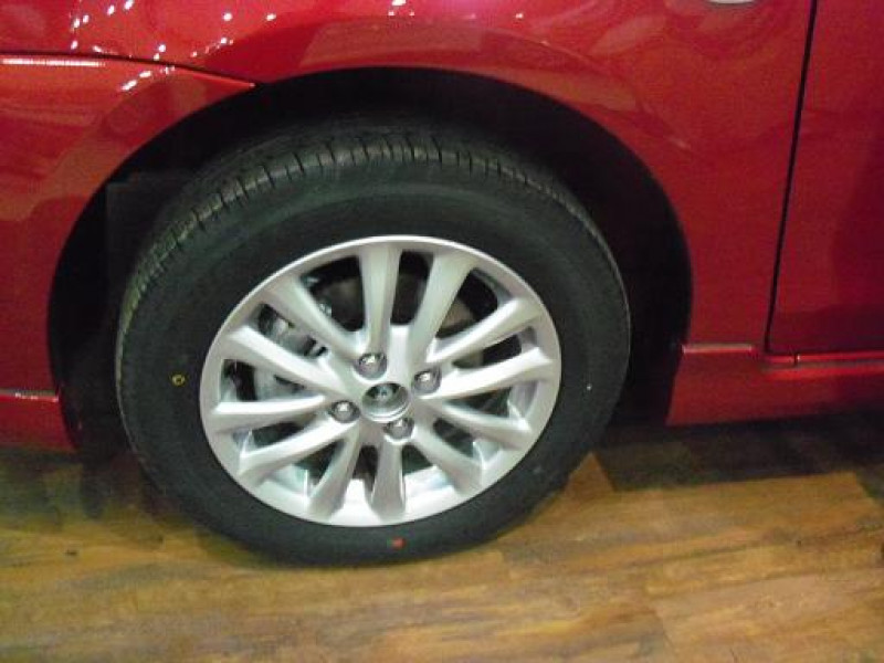 Toyota Etios Liva Wheel Photo