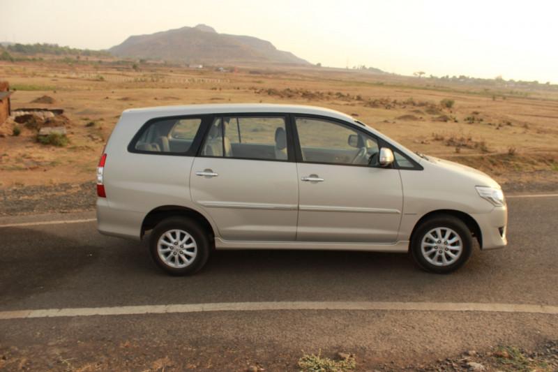 Toyota Innova wheelbase image