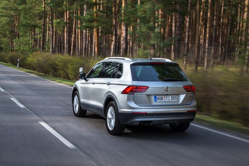Volkswagen_Tiguan_26