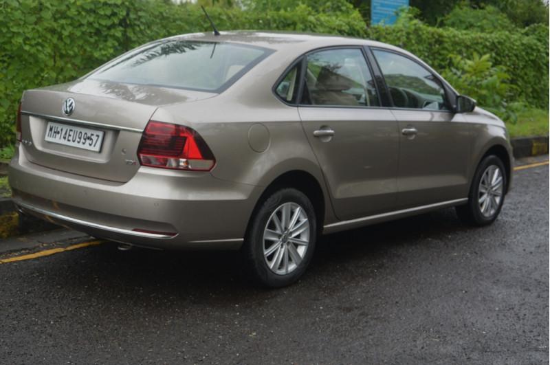 Volkswagen Vento 08