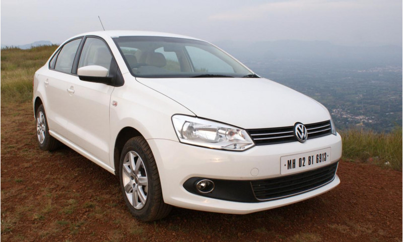 Vw Vento Front Right View