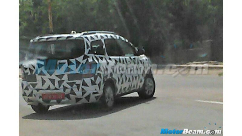 Chevrolet Spin MPV, Chevrolet Trailblazer SUV caught testing in India