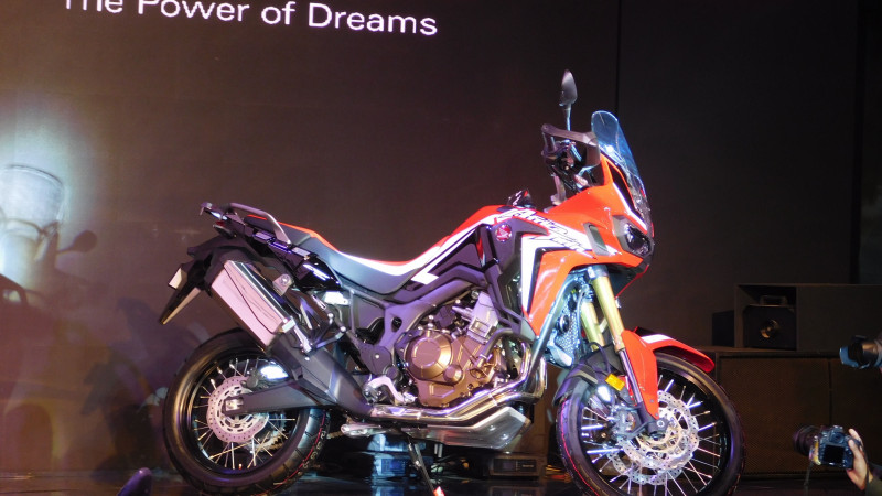 2016 Auto Expo: Honda Two Wheelers showcases 10 new models