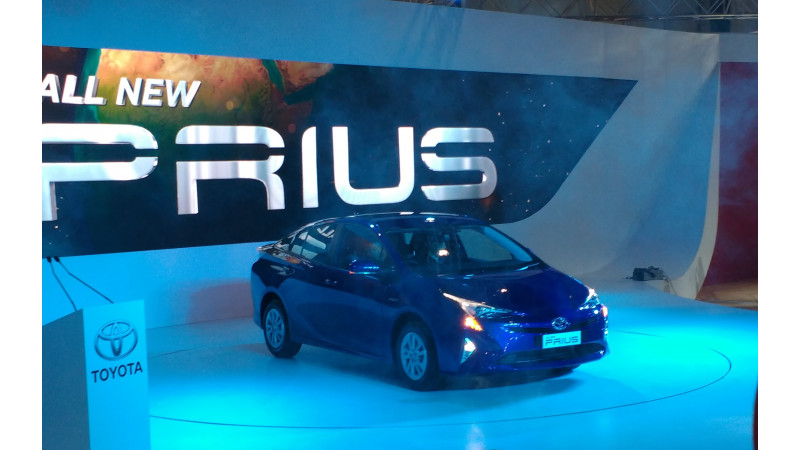 Toyota to launch the Prius in January 2017
