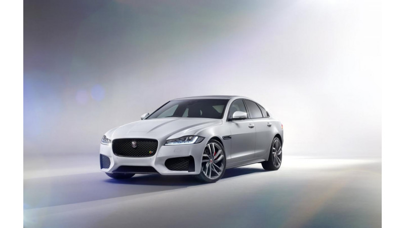5 things you need to know about the 2016 Jaguar XF