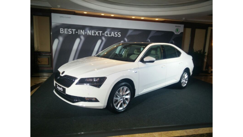 Skoda issues recall for Superb