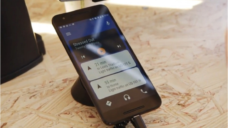New Android Auto will not need a car's touchscreen to work