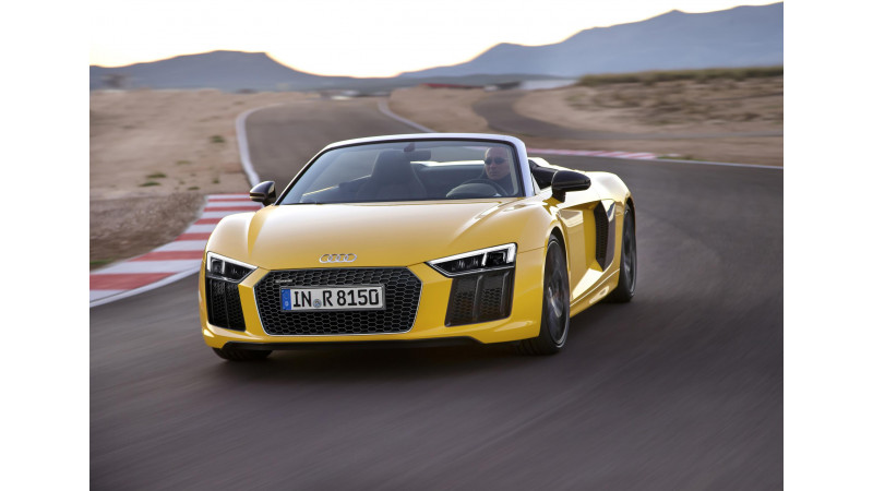 Audi debuts R8 Sypder at New York