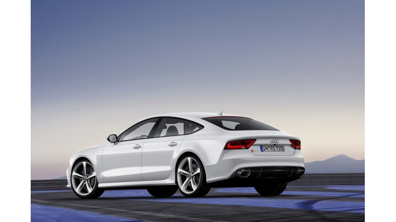 2015 Audi RS7 facelift launched in India at Rs. 1.4 crore