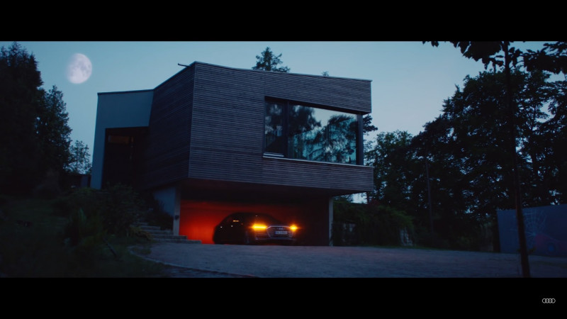 Audi demonstrates new generation A8   s self-parking ability