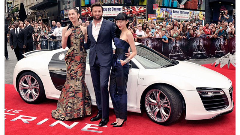Hugh Jackman arrives at Wolverine London Premiere in an Audi R8 Spyder