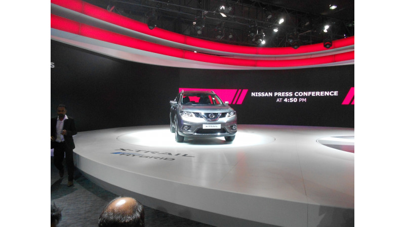 Auto Expo 2016: Nissan showcases the X-Trail and GT-R