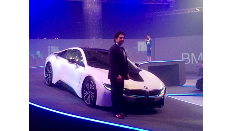 Bmw I8 Launched In India At Rs 2 29 Cr Hybrid Like None Other