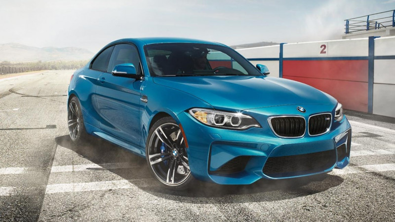 BMW issues a worldwide delivery stop for some of its cars