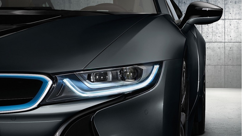 BMW's facelifted i8 to launch in 2017