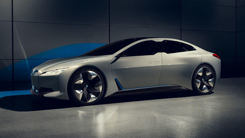 BMW To Launch Six Front Wheel Drive Models
