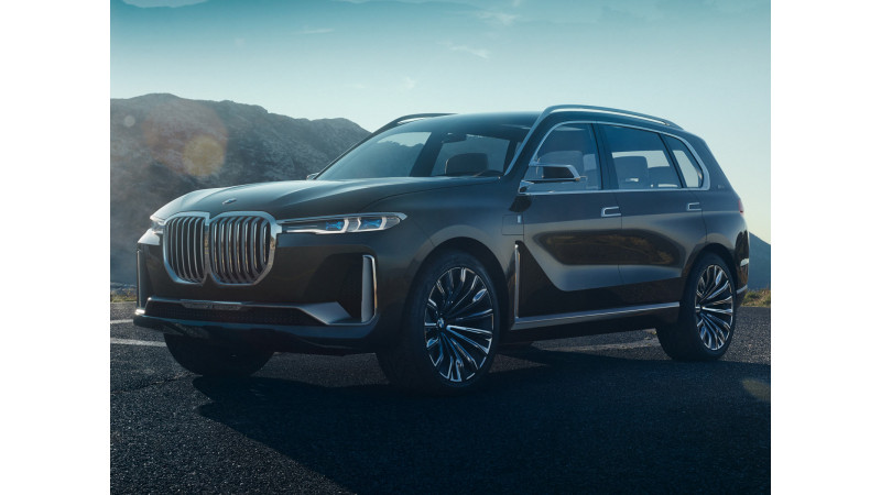 BMW X7 concept car revealed in leaked images